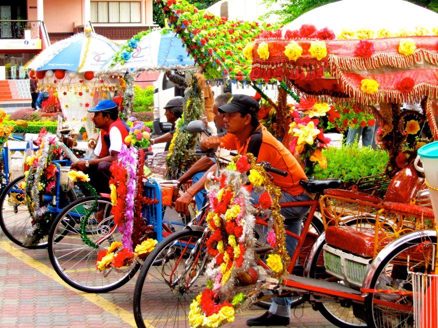 Tuk-tuks in Malacca