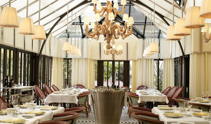The-restaurant-at-the-Royal-Monceau-Raffles-Paris