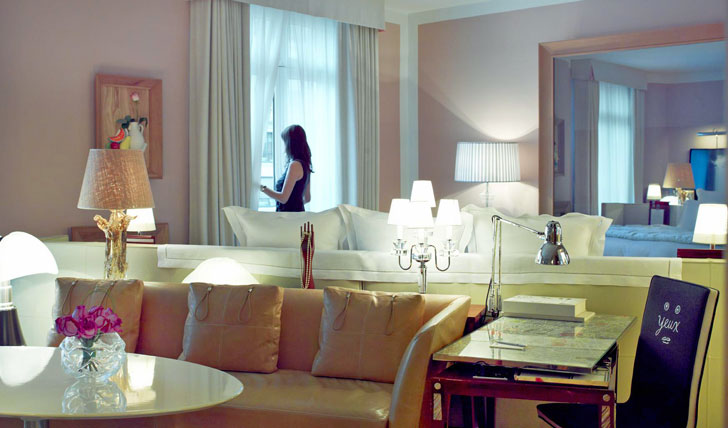 Unwind-in-the-Junior-Suite-La-Royal-Monceau