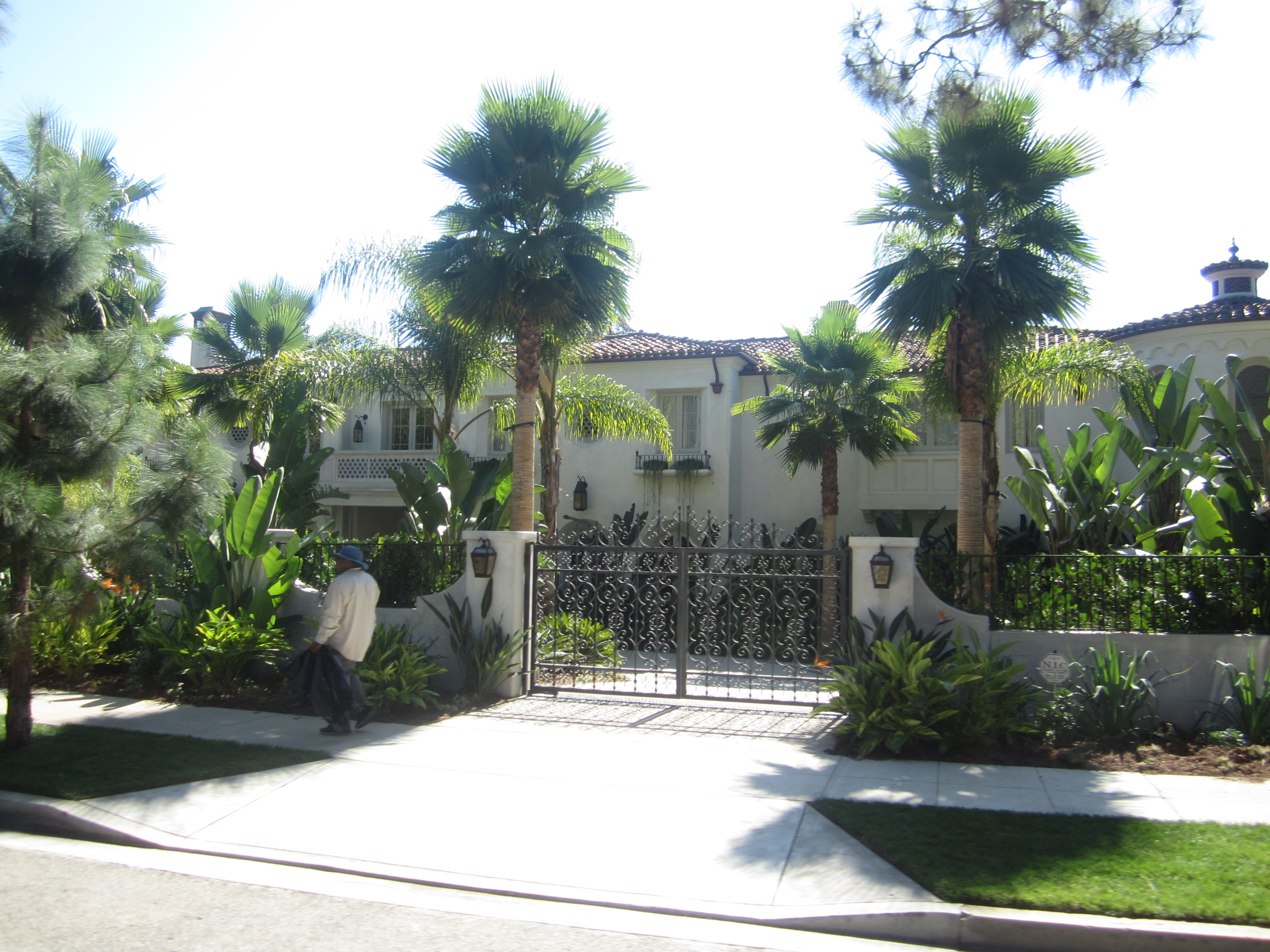 jackson la homes with Dtour Part 3 House Hunting In Los Angeles on Dtour Part 3 House Hunting In Los Angeles moreover Stories further House Coloring Pages in addition 12060 additionally Territorial evolution of montana.
