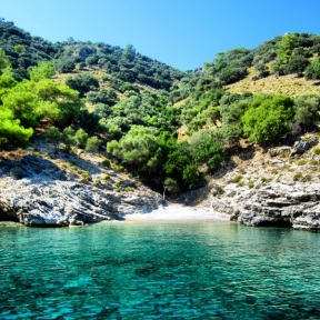 A turquoise Turkish bay