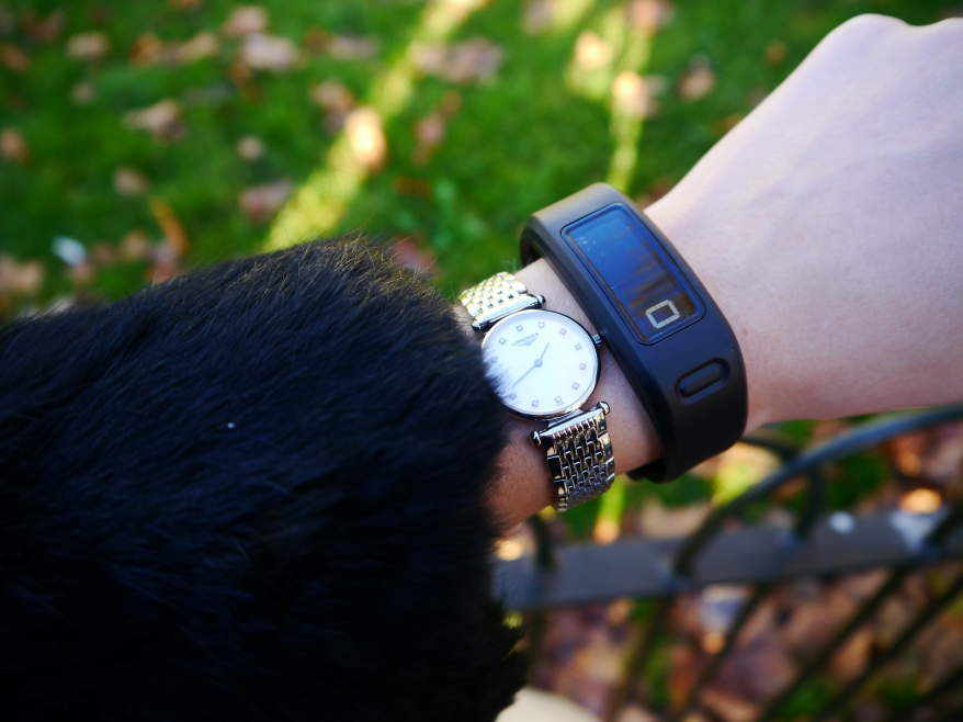 Review of the Vivofit fitness band on the #CurrysChristmasWalk