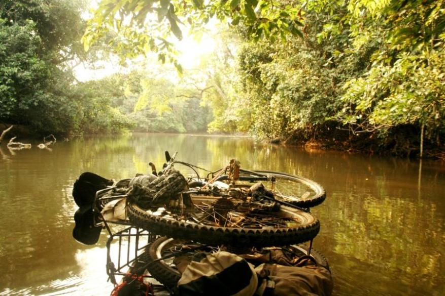 Bicycles-stacked-on-pirogue-descending-the-Lulua-DRC
