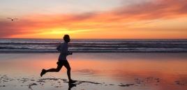 Running-beach-sunset-marathon