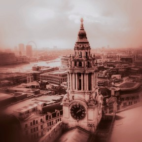 London_looking_peachy_from_the_Golden_Gallery_of_St_Paul_s_Cathedral