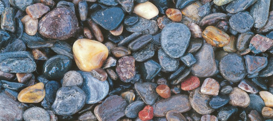 Sandhamn postcard pebbles