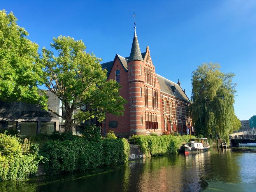 Castle on Groningen canal