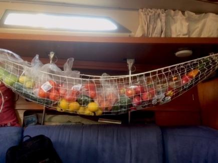 2018 Jan Fresh fruit store Kurukulla